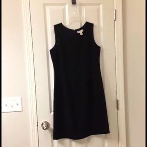 Sleeveless dress wth matching jacket